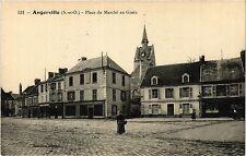CPA  Angerville - Place du Marché au Grain  (384951)
