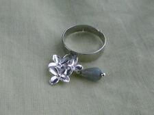 Labradorit Blüten Finger Ring  Grau schimmernd Winter Blossoms verstellbar