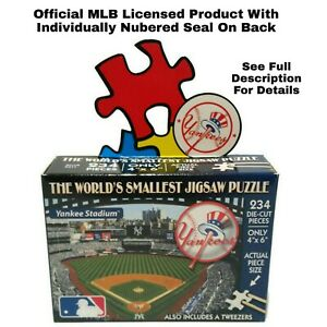 World's Smallest Puzzle MLB New York Yankees Baseball TDC Puzzles 234 Pieces