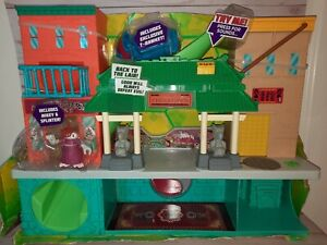 Teenage Mutant Ninja Turtles Half Shell Heroes Sewer Lair Playset TMNT Torn Box