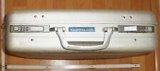 Alu-Aktenkoffer silber, gebraucht+yachtlinx.com