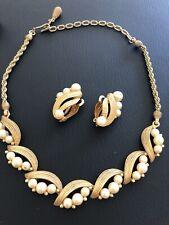 Vintage Signed PENNINO Faux Pearl NEKLACE EARRINGS SET TEXTURED GOLDTONE