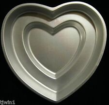 WILTON DOUBLE TIER HEART CAKE PAN ALUMINUM HEART CAKE PAN 502-2695 HEARTS!