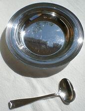 Coffret assiette à bouillie et sa cuillère métal argenté Félix Frères