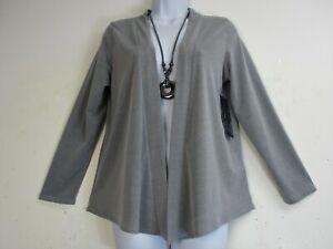 Saloos  Ladies 92%Polyester 8% Elastaine Jacket/Cardi & Necklace Sizes12 -22