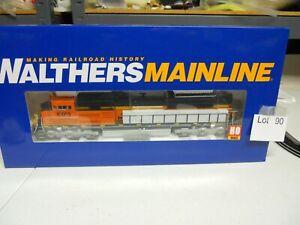 Lot 90: Walthers Mainline BNSF #8469 SD70ACe  Locomotive DCC & Sound HO