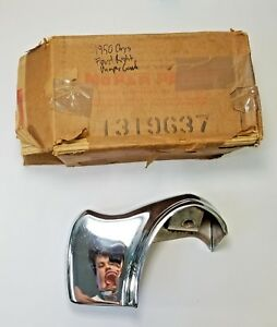 1950 Chrysler Front Right Bumper Guard , N.O.S. 1319637