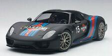 AUTOart 77929 Porsche 918 Spyder Weissach Package (Black/Martini Livery) 1:18TH