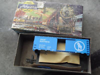 Vintage HO Scale Athearn 40' Great Northern Box Car Kit 1204