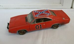 ERTL RC2 The Dukes of Hazzard General Lee 1:18 Die Cast Car 1969 Dodge Charger
