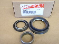 NEW DANA 44 SPINDLE BEARING & SEAL KIT BRONCO AND F150  1993-1996