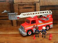 Playmobil 5682 Fire Engine City Action w/ Siren + Figures and Accessories