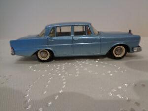 "Ancienne TEKNO N°726 ""MERCEDES-BENZ 220 SE"" 1962  1/43 très beau modèle"