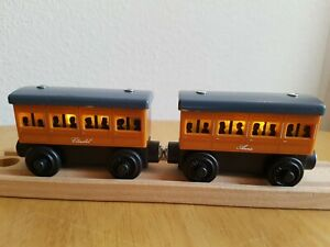Wooden ANNIE & CLARABEL LIGHT UP REVEAL Thomas & Friends Wooden Train Track BRIO