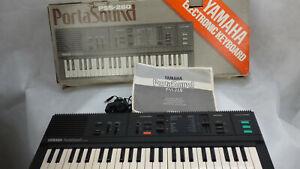 Yamaha PortaSound Electronic Keyboard PSS-260 Boxed Vintage Singers Begginers