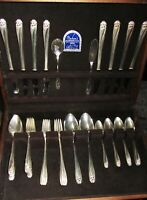 1847 Rogers Bros DAFFODIL Silverware Set Of 48 Pieces w/Chest XLNT Cond.