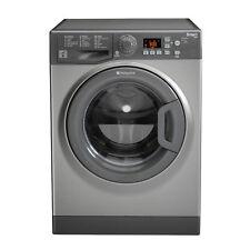 Lave-linge et sèche-linge gris