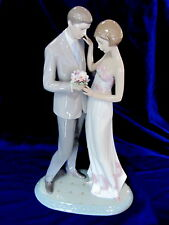 New listing Lladro , Love , Couple, Retail$795 *Valentines Gift *