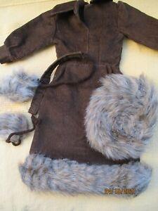 robe ceinture  toque tenue  complete troika 79  pour cathie cathy de bella