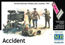 "MASTERBOX ""ACCIDENT"" SOVIET & GERMAN MILITARY MEN  Scala 1:35 Cod.MB3590"