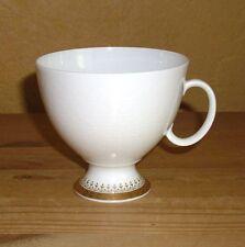 A K  Kaiser Porzellan 1 Kaffeetasse mit Dekor, Kreise und Golddekor