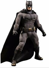 Batman v Superman: Dawn of Justice Batman Mezco 1:12 Collective Action Figure