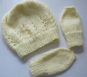 Hand Knitted Baby / Toddler HAT & MITTENS Sets - PALE LEMON a **NEW**