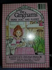 """1976 The Ginghams """"Katie's Ice Cream Parlor� Paper Doll and Playset - Nib"""