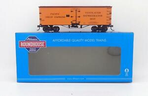 Pacific Fruit Express 36' Wood Reefer #4691 HO - Roundhouse #RND85543 vmf121