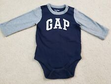 Baby gap boys long  sleeve 6-12 months Bodysuit