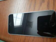 Apple iPhone SE - 32GB - Space Gray . Locked