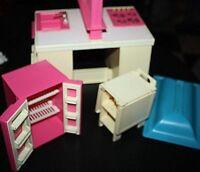 Vtg Barbie Kitchen Lot 1980s Stove Sink Dish Washer Oven Fridge  P+
