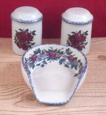 Home and Graden Apple  Harvest  Ceramic Salt and Pepper Shakers Spoon Rest C8