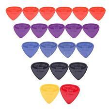 Alice 20pcs 0.71mm Projecting Nylon Guitar Picks Plectrums Durable D8e8