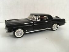 New ListingFranklin Mint Classic Cars of the Fifties 1956 Lincoln Continental 1:43 w/box