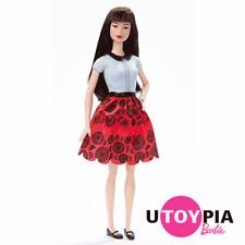 Barbie® Fashionistas® Doll no.19 - Ruby Red Floral - Original Body [DGY54/DGY61]