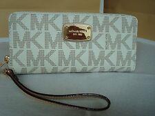 NWT Michael Kors Jet Set Signature PVC Zip Wallet/Wristlet Vanilla Columbus Sale