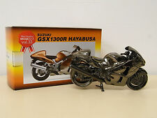 [MODEL] Suzuki GSX1300R HAYABUSA diecast metal figure 1/15 Not For Sale GSX