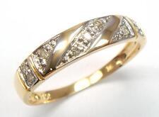 BEAUTIFUL 10K SOLID YELLOW GOLD  9 DIAMONDS RING SIZE 7    R1255