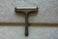 Vintage Skyline England - 1950's Cheese Slicer