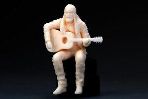 Hobby Design 1/24 Wandering Singer (1 Resin Figure)