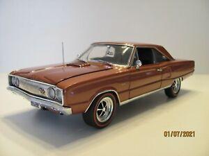 Danbury Mint 1967 Dodge Coronet R/T 1/18 Scale