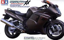 Tamiya 14070 1/12 Scale Motorcycle Model Kit Honda CBR1100XX Super Blackbird