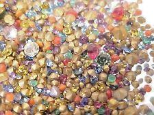 900 TEE TINY VINTAGE GLASS RHINESTONES LOT REPAIR JEWELRY LOOSE STONE ASSORTMENT