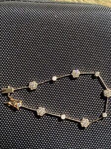 14k Stamped Solid Flower Bracelet