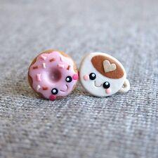 Fatto a mano miniatura cibo Rosa Ciambella Marrone Caffè Orecchini a Perno Emo piccoli gioielli