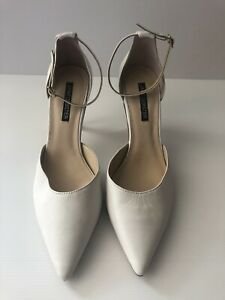 Jane Debster Off White Patent Leather Sling Back Heels New Size 9
