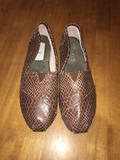 Toms Classics Brown Snake Print Women Flats Shoes Size W10