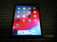 Apple iPad 5th Gen, Wi-Fi, 9.7in - 32GB 128GB - Gray Silver Gold - Grade C