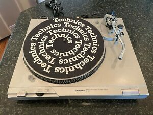 Technics SL-D2 Turntable Direct Drive Record Player works BUT - Parts or Repair